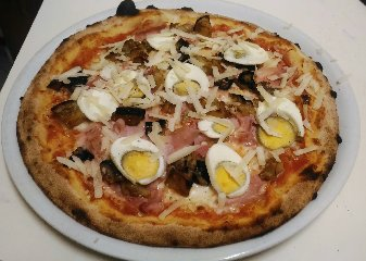 https://www.ragusanews.com//immagini_articoli/28-08-2018/1535611985-stradamangiando-streetfood-ecco-cosa-mangera-durante-zuppa-2-240.jpg