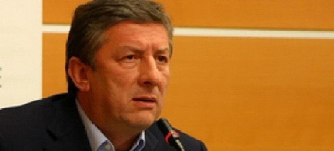 https://www.ragusanews.com//immagini_articoli/28-08-2018/micciche-frega-posto-eurodeputato-leontini-500.jpg