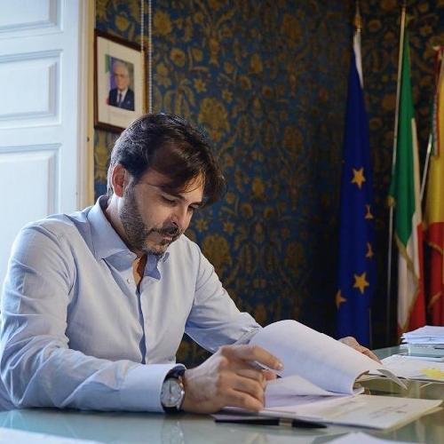 http://www.ragusanews.com//immagini_articoli/28-09-2017/giovanni-moscato-mandate-commissione-dindagine-500.jpg