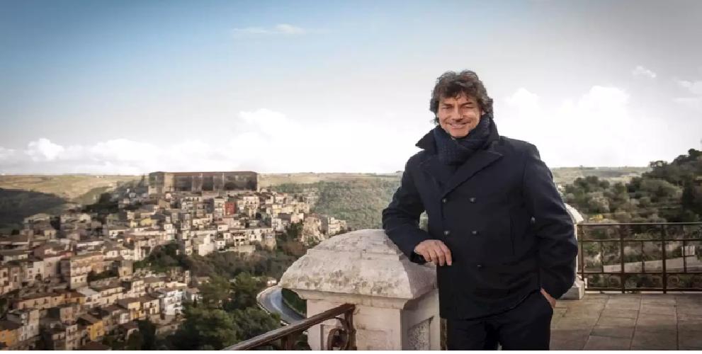 https://www.ragusanews.com//immagini_articoli/28-09-2019/alberto-angela-il-12-ottobre-vi-racconto-la-sicilia-gattopardiana-500.png