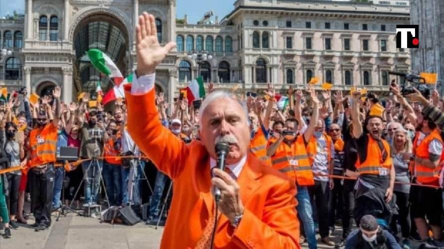 https://www.ragusanews.com//immagini_articoli/28-09-2021/sicilia-l-ex-generale-dei-carabinieri-pappalardo-degradato-dall-esercito-500.jpg