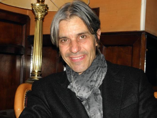 https://www.ragusanews.com//immagini_articoli/28-10-2013/luca-madonia-a-ragusa-io-carmen-consoli-e-battiato-500.jpg
