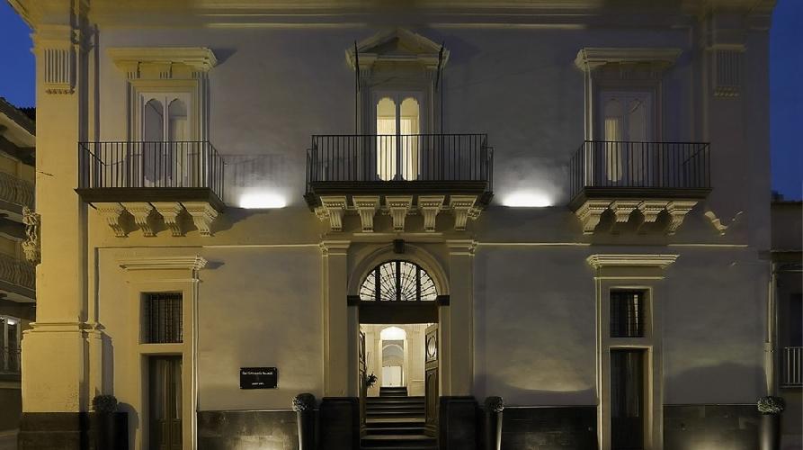 https://www.ragusanews.com//immagini_articoli/28-10-2017/dissequestrato-stefano-palace-ragusa-500.jpg