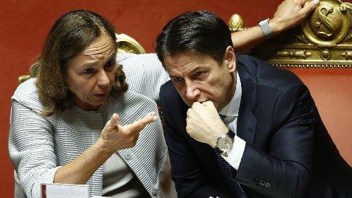 https://www.ragusanews.com//immagini_articoli/28-10-2020/verso-il-rinvio-del-voto-amministrativo-a-vittoria-280.jpg