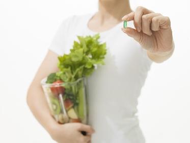 https://www.ragusanews.com//immagini_articoli/28-10-2021/dieta-juice-plus-come-funziona-fa-male-280.jpg