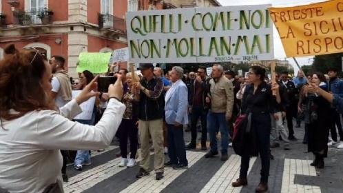 https://www.ragusanews.com//immagini_articoli/28-10-2021/sicilia-fuori-dal-covid-nonostante-no-vax-e-no-pass-280.jpg