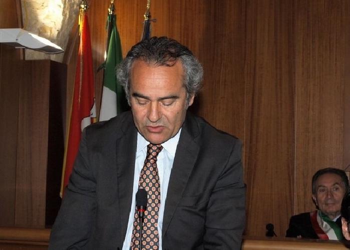 http://www.ragusanews.com//immagini_articoli/28-11-2014/l-on-ragusa-chirurgia-puo-riaprire-500.jpg