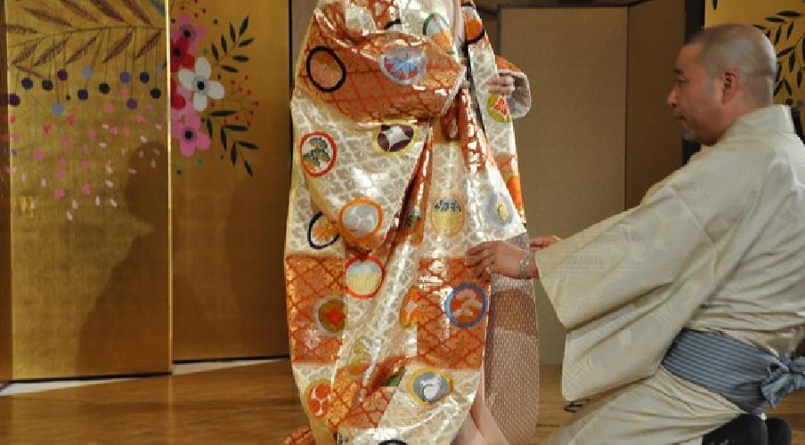 https://www.ragusanews.com//immagini_articoli/28-11-2017/stilita-kimono-nobuaki-ragusa-500.jpg