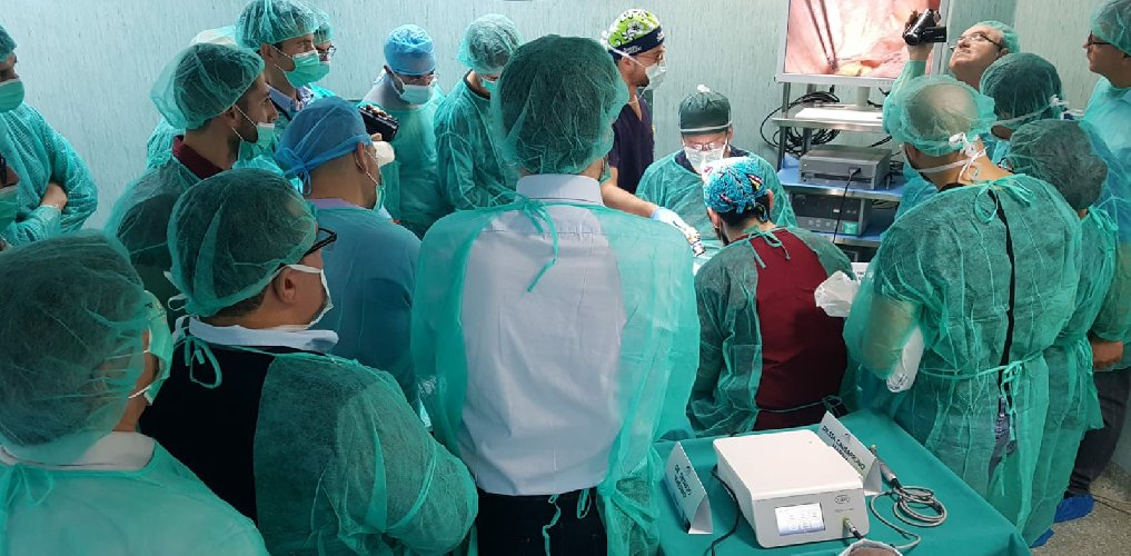 https://www.ragusanews.com//immagini_articoli/28-11-2018/concluso-corso-tecnica-chirurgica-cadavere-umano-ragusa-500.jpg