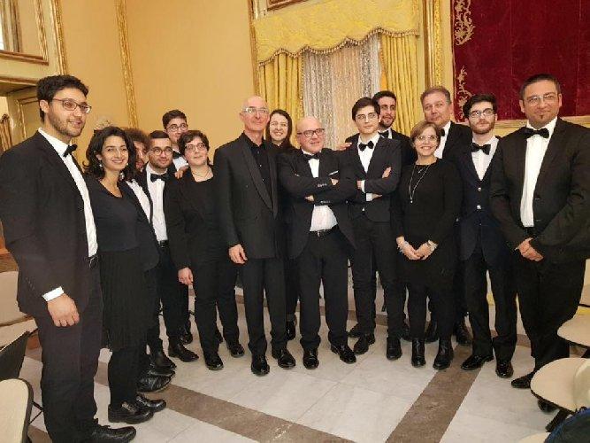 https://www.ragusanews.com//immagini_articoli/28-11-2019/concerto-a-palazzo-spadaro-500.jpg
