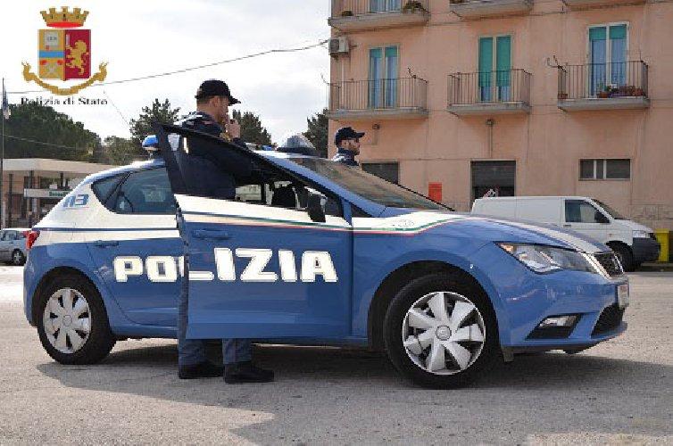 https://www.ragusanews.com//immagini_articoli/28-11-2019/ragusa-quattro-denunce-per-spaccio-di-droga-500.jpg