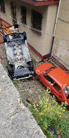 https://www.ragusanews.com//immagini_articoli/28-11-2020/1606570260-modica-auto-finisce-in-un-burrone-sopra-un-altra-auto-1-280.jpg