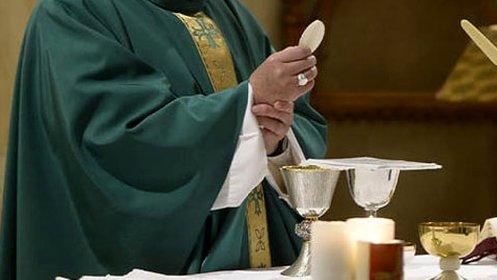 https://www.ragusanews.com//immagini_articoli/28-11-2020/sacerdote-positivo-chiusa-chiesa-di-scicli-280.jpg