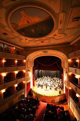 https://www.ragusanews.com//immagini_articoli/28-12-2016/civica-filarmonica-modica-concerto-capodanno-420.jpg