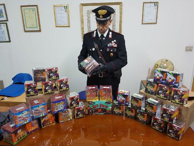 https://www.ragusanews.com//immagini_articoli/28-12-2017/pozzallo-etna-kassiopea-sequestrati-botti-illegali-500.jpg