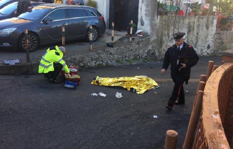 https://www.ragusanews.com//immagini_articoli/28-12-2018/giarre-marito-uccide-badante-anni-500.jpg