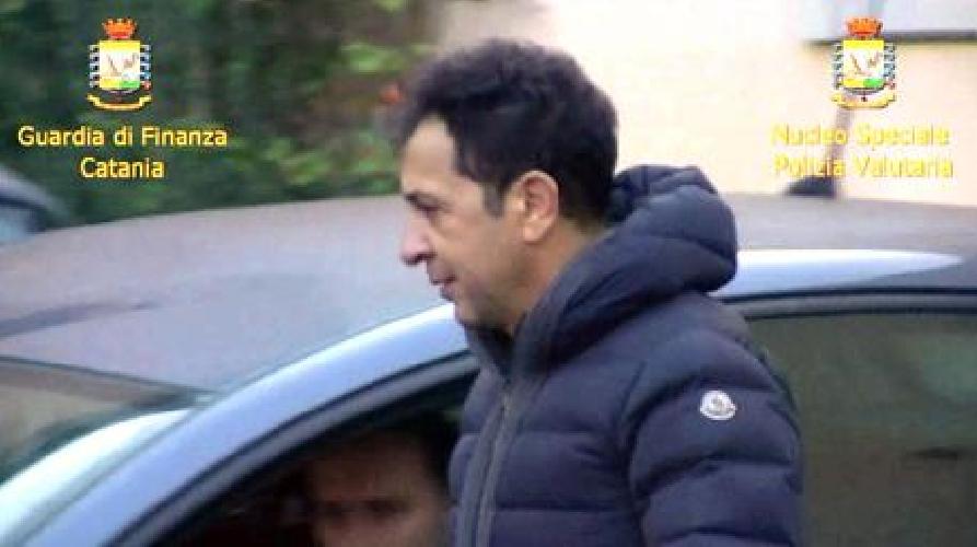 http://www.ragusanews.com//immagini_articoli/29-01-2016/wind-jet-arrestato-presidente-pulvirenti-500.jpg