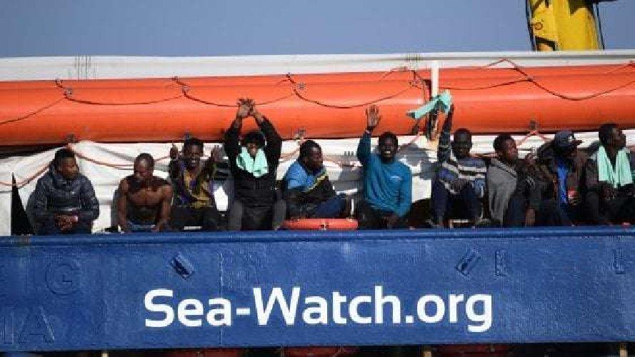 https://www.ragusanews.com//immagini_articoli/29-01-2019/politiche-migratorie-convegno-pozzallo-500.jpg