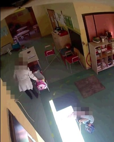 https://www.ragusanews.com//immagini_articoli/29-01-2020/il-video-arresto-maestre-che-picchiavano-i-bambini-500.jpg