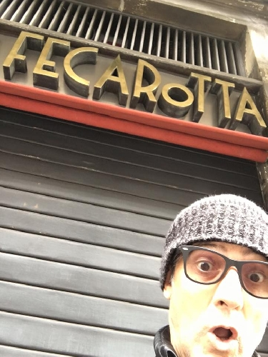 http://www.ragusanews.com//immagini_articoli/29-02-2016/fiorello-sono-a-catania-da-feca-rotta-500.jpg