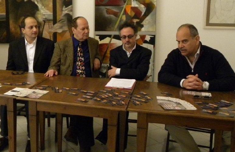 https://www.ragusanews.com//immagini_articoli/29-03-2012/convegno-con-bruno-ficili-il-31-marzo-500.jpg