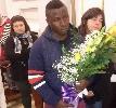 http://www.ragusanews.com//immagini_articoli/29-03-2017/funerali-vivian-ghanese-morta-modica-dopo-aver-partorito-100.jpg