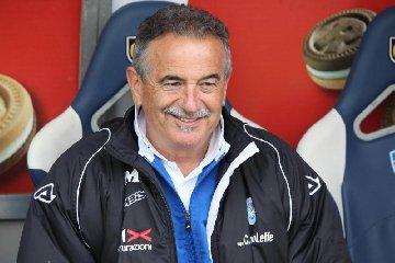 https://www.ragusanews.com//immagini_articoli/29-03-2018/calcio-lutto-morto-allenatore-emiliano-mondonico-240.jpg
