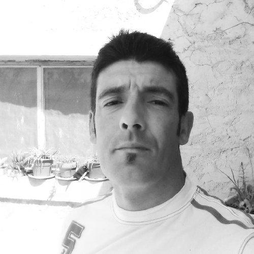 https://www.ragusanews.com//immagini_articoli/29-03-2018/licodia-muore-javier-mantello-originario-grammichele-500.jpg