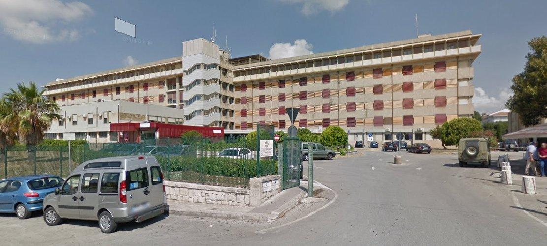 https://www.ragusanews.com//immagini_articoli/29-03-2020/ottavo-ricovero-a-modica-e-un-anziano-di-rosolini-500.jpg