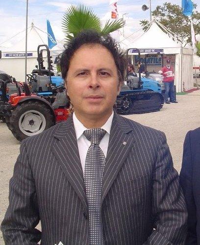 https://www.ragusanews.com//immagini_articoli/29-04-2019/aeroporto-catania-sandro-gambuzza-e-stato-eletto-presidente-sac-500.jpg