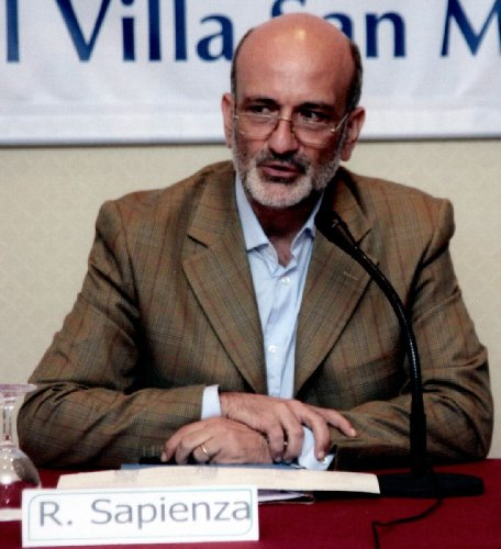 https://www.ragusanews.com//immagini_articoli/29-04-2019/europa-dibattito-col-professor-sapienza-a-ragusa-500.jpg