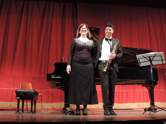 https://www.ragusanews.com//immagini_articoli/29-04-2019/se-saxofonando-a-ragusa-500.jpg