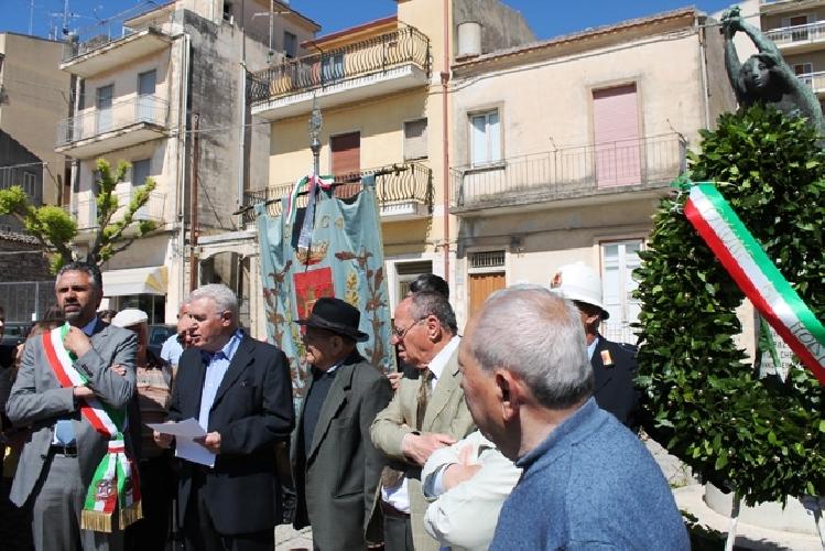 https://www.ragusanews.com//immagini_articoli/29-05-2014/ricordato-leccidio-di-passo-gatta-500.jpg