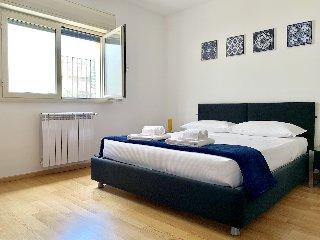 https://www.ragusanews.com//immagini_articoli/29-05-2019/1559161116-searooms-stanze-a-mare-a-donnalucata-2-240.jpg