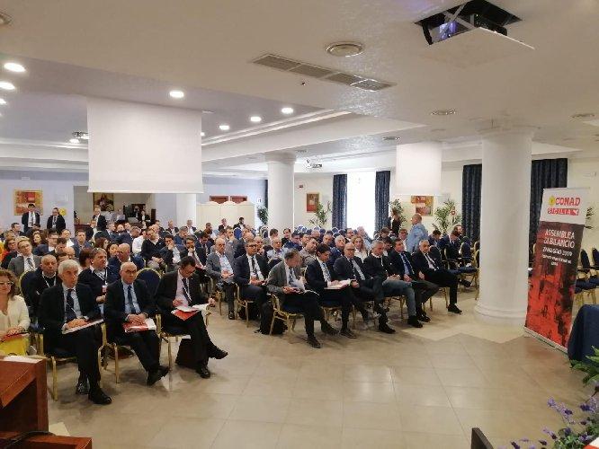 https://www.ragusanews.com//immagini_articoli/29-05-2019/conad-sicilia-181-soci-imprenditori-isola-500.jpg
