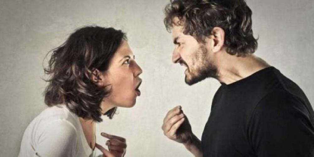 https://www.ragusanews.com//immagini_articoli/29-05-2020/litiga-col-marito-e-lo-accoltella-500.jpg