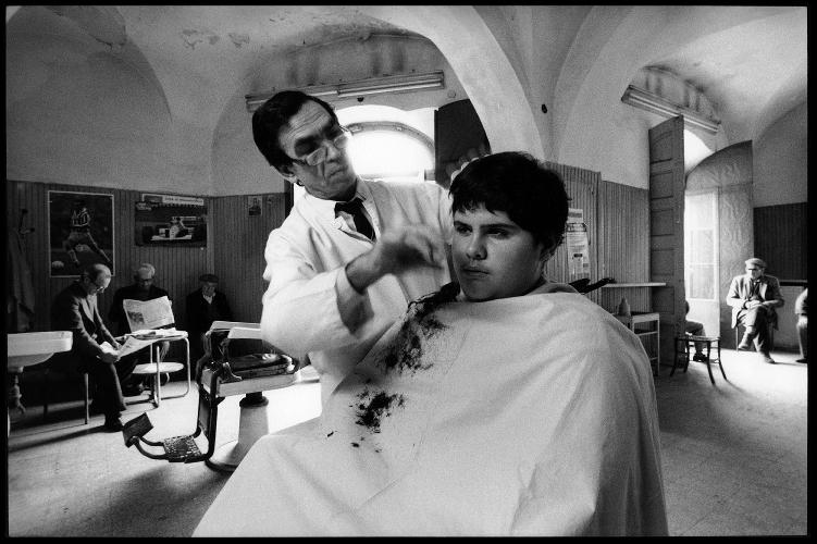 http://www.ragusanews.com//immagini_articoli/29-07-2014/bis-dei-barbieri-di-sicilia-a-catania-500.jpg