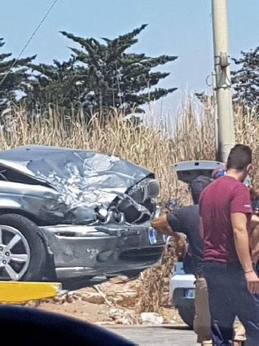 http://www.ragusanews.com//immagini_articoli/29-07-2017/incidente-jaguar-vittoria-feriti-500.jpg
