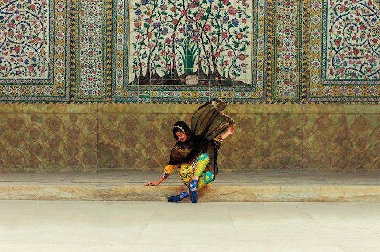 https://www.ragusanews.com//immagini_articoli/29-07-2019/a-modica-la-mostra-donna-iraniana-racconta-donna-iraniana-500.jpg