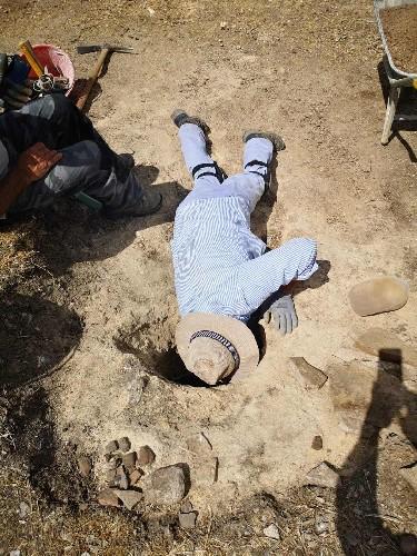 https://www.ragusanews.com//immagini_articoli/29-07-2020/archeologia-ritrovamenti-nella-necropoli-di-sant-angelo-muxaro-500.jpg