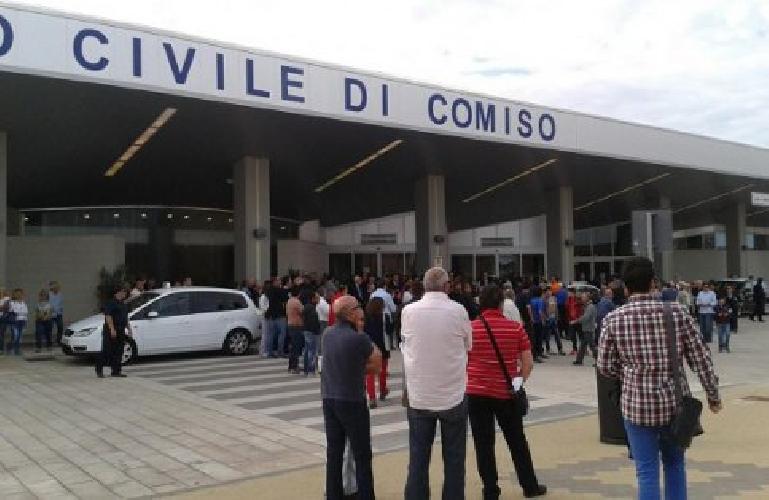 https://www.ragusanews.com//immagini_articoli/29-08-2014/200-mila-passeggeri-passati-dall-aeroporto-di-comiso-500.jpg
