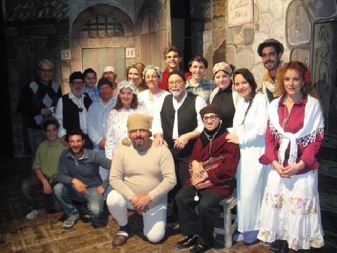 https://www.ragusanews.com//immagini_articoli/29-08-2014/la-giara-30-anni-di-teatro-500.jpg