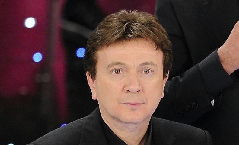 http://www.ragusanews.com//immagini_articoli/29-08-2014/pupo-in-concerto-a-monterosso-almo-500.jpg