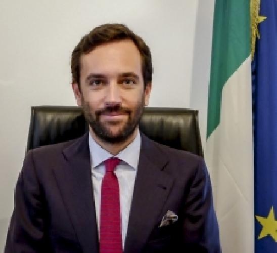 http://www.ragusanews.com//immagini_articoli/29-08-2017/console-italiano-capetown-autopsia-andrea-schiavo-500.jpg