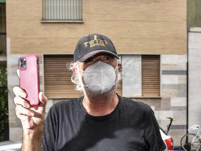 https://www.ragusanews.com//immagini_articoli/29-08-2020/briatore-dimesso-dall-ospedale-500.jpg