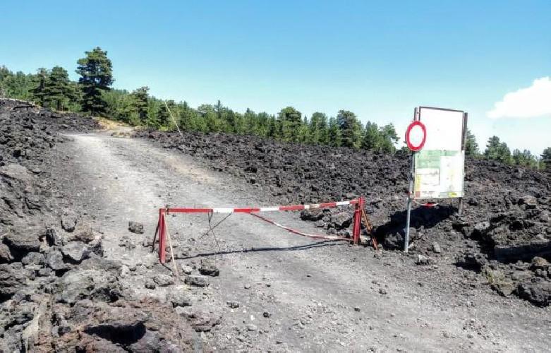 https://www.ragusanews.com//immagini_articoli/29-08-2020/etna-turista-muore-per-un-attacco-cardiaco-500.jpg