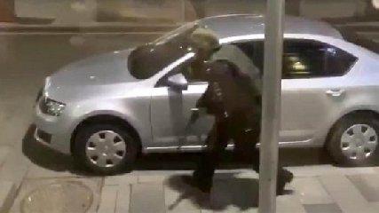 https://www.ragusanews.com//immagini_articoli/29-09-2020/sparatoria-a-noto-ferito-un-uomo-e-grave-240.jpg