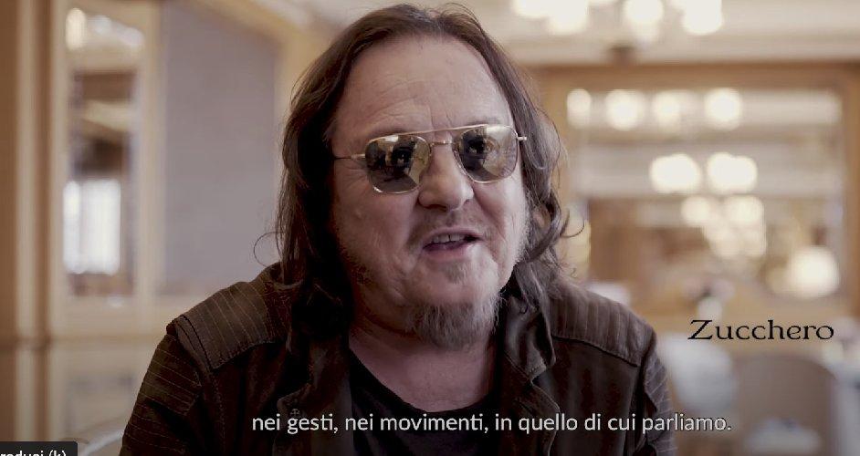 https://www.ragusanews.com//immagini_articoli/29-09-2020/zucchero-fornaciari-canta-dio-e-morto-di-guccini-video-500.jpg