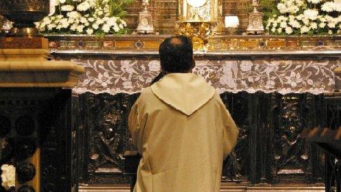 https://www.ragusanews.com//immagini_articoli/29-10-2020/covid-positivi-due-sacerdoti-ragusani-280.jpg