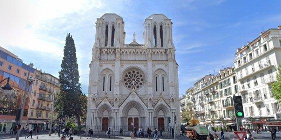 https://www.ragusanews.com//immagini_articoli/29-10-2020/donna-e-pensionato-decapitati-in-chiesa-morti-e-feriti-a-nizza-280.jpg